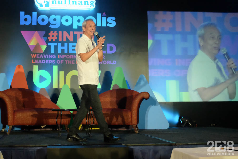 Jim Paredes on stage